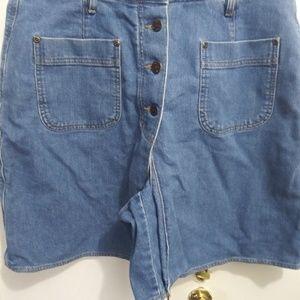 Pants - Women's jean skort by Lizwear.